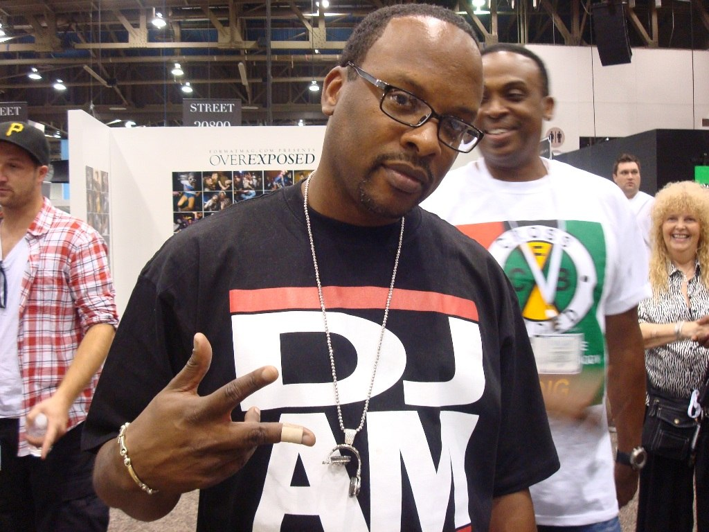 studio_dj_producer_nj_senate_djs_edm_hip_hop_trap_twerk